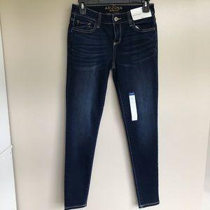 Arizona Women's Soft Stretchy Blue Jegging Jeans